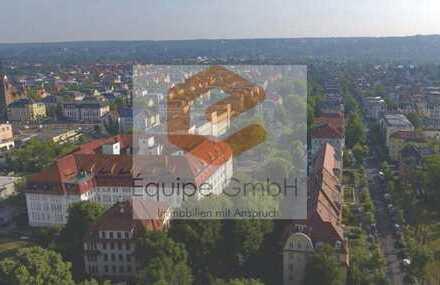 Einmalige Familienwohnung mit 3 Balkonen & eigenem Garten mitten in Striesen!