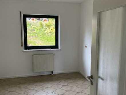 Erstbezug nach Sanierung: schöne 3-Zimmer-Wohnung mit Terrasse in Altertheim
