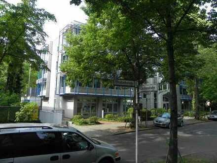 Variable Büro- Praxisfläche EG in attraktivem Bürogebäude Berlin-Steglitz