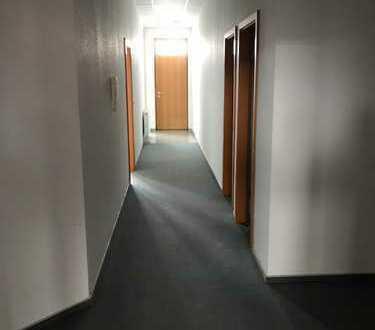 Büro,Praxisräume in Neuenstadt