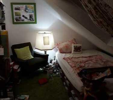 Zimmer in christlicher 4er Frauen WG in luxeriöser Doppelhaushälfe in Sttgt Stammheim