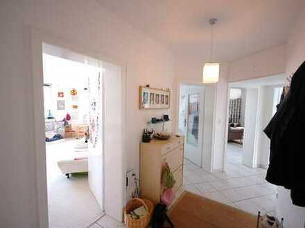 Sehr schöne 3-Zimmer-Wohnung in nähe Sanaklinik - Anschauen lohnt sich!