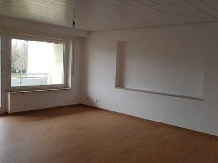 Modernisierte 5,5-Zimmer-Wohnung mit Balkon in Heiningen