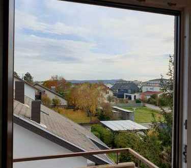3 Zimmer DG-Wohnung in Stutensee-Friedrichstal für Single oder Paar