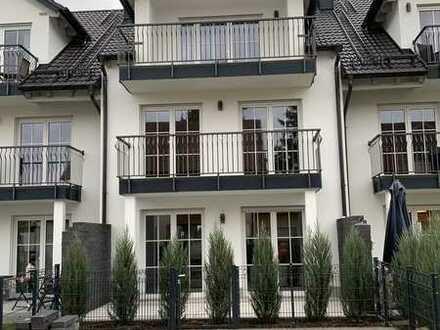 Modernes, attraktives und lichtdurchflutetes Reihenmittelhaus
