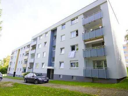 Sehr gepflegte Eigentumswohnung im 2.OG mit 4-Zimmern in super Lage mit Balkon