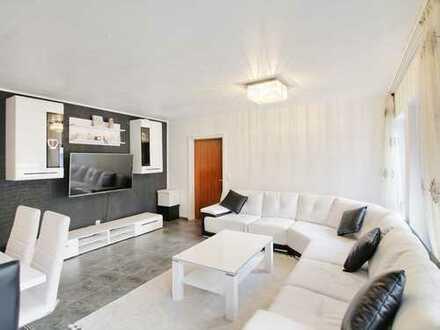 Modernisierte, helle Wohnung in zentraler Lage