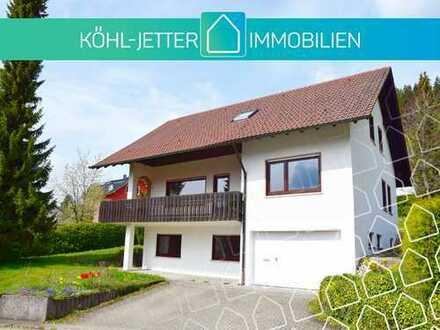 Großzügiges Ein/Zweifamilienhaus in herrlicher Wohnlage von Meßstetten-Tieringen!
