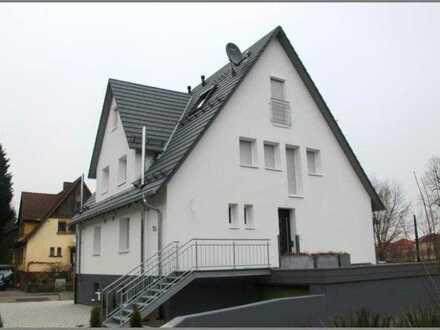 Energetisch sanierte Doppelhaushälfte mit Balkon und Gartenanteil