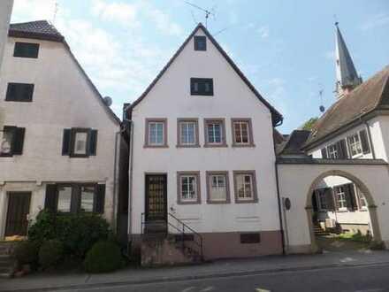 Handwerker Pension / Mehrgenerationenhaus in Bruchsal-Heidelsheim