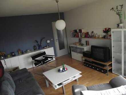 Provisionsfrei: 3-Zimmer-Wohnung mit Balkon und Einbauküche in Hannover Ahlem