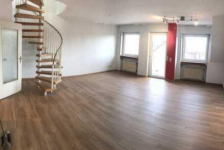 Modernisierte 3-Zimmer-Maisonette-Wohnung mit Balkon in Föhren