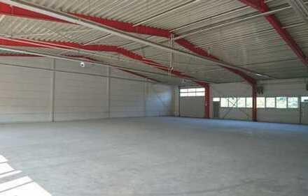 Gewerbehalle sehr gepflegt mit Büro und Wohnung zu vermieten