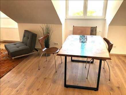Erstbezug nach Sanierung mit EBK: ansprechende 3-Zimmer-Dachgeschosswohnung in Würzburg