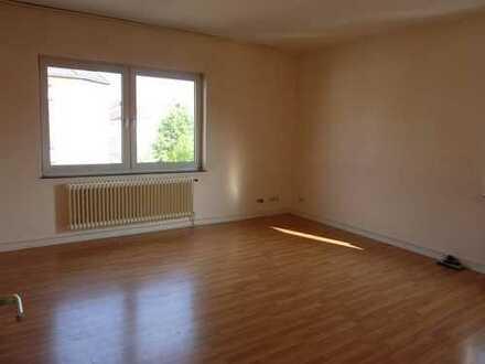 Zentrumsnah - Große Wohnung in der Borsigstraße zu vermieten
