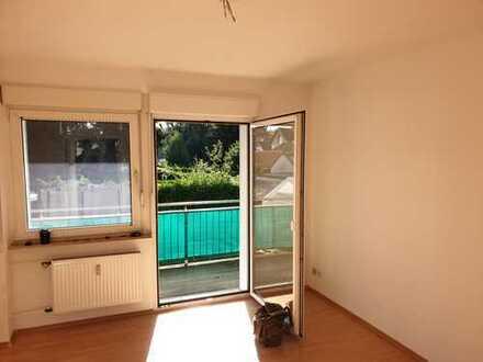 renovierte 2 Zimmer-Erdgeschosswohnung in Bochum - Langendreer mit Balkon