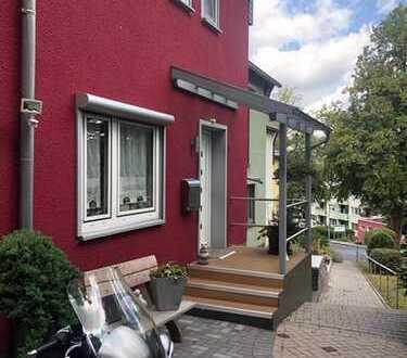 Modernes Reihenendhaus mit Garten, Waldrandlage in Wetter (Ruhr)