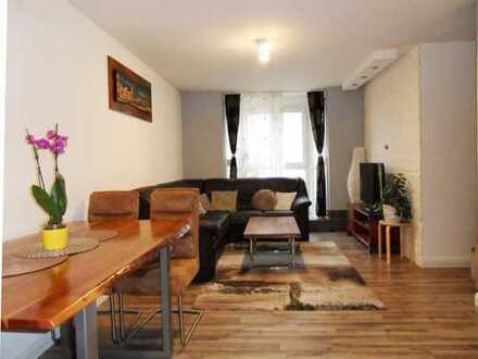 LU - MUNDENHEIM / Schicke 3 ZKB Wohnung mit Fußbodenheizung sowie KFZ Stellplatz im Innenhof