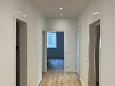 Erstbezug nach Sanierung: exklusive 4-Zimmer-EG-Wohnung in Esslingen