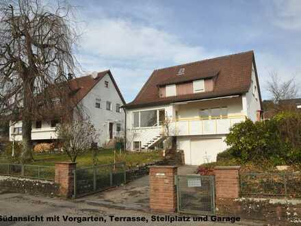 Großzügige, hell und sonnige 4(5)-Zi Wohnung mit Terrasse, Garten, Stellplatz und Garage