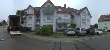 Helle 3-Zimmer-Dachgeschosswohnung mit Balkon und EBK in Wiesloch