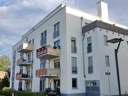 Moderne 3-Zimmerwohnung mit Dachterrasse!
