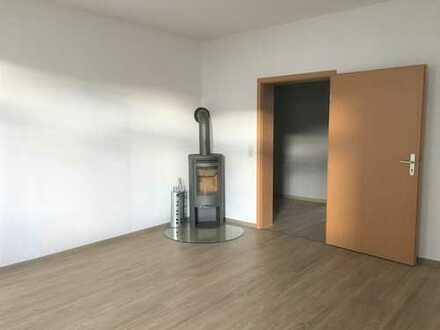 3 Raum Wohnung mit Kamin und Terrasse im Zentrum von Bautzen zu vermieten.