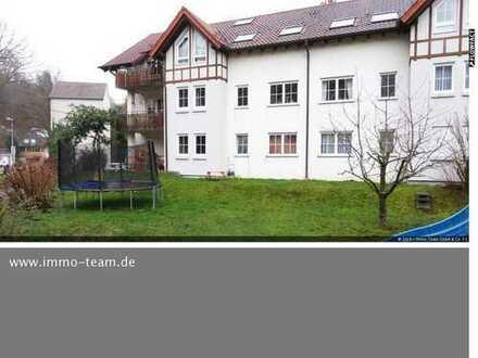 4 Zimmer-Wohnung mit TERRASSE und großem Garten in Mühlacker-Enzberg