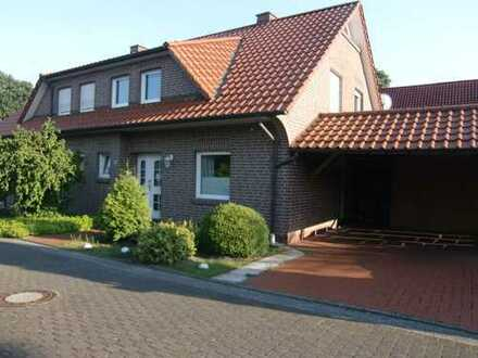 Schönes DH-Haus mit vier Zimmern in Ammerland (Kreis), Bad Zwischenahn Ortsteil Ohrwege