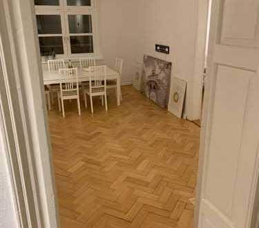 4 grosse WG Zimmer in renovierter Nichtraucher Altbauwohnung 150qm, Nähe Nibelungenbrücke, Bus zur U