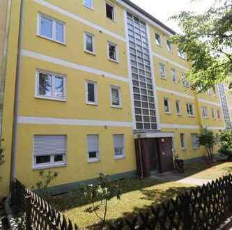 Sanierte 3-Zimmer-Wohnung im schönen Steglitz! Bezugsfrei!