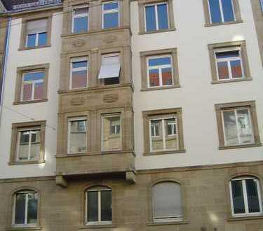 Helle 3 Zimmer mit Balkon am Hölderlinplatz im Stuttgarter Westen