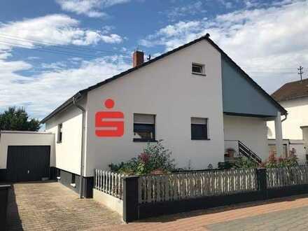 Liebevoll modernisiertes Haus mit sonnigem Grundstück in begehrter Wohnlage