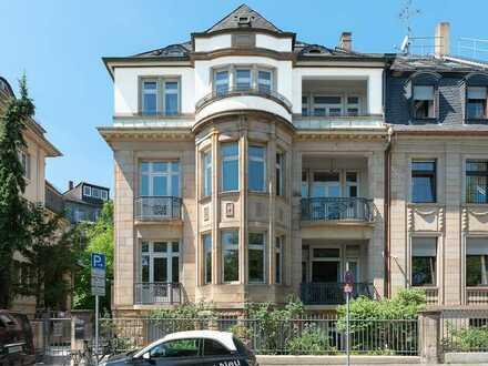 DIPLOMATENVIERTEL: Hochwertig Sanierte Wohnung - WG-geeignet - am Palmengarten, 3 Balkone & 3 Bäder