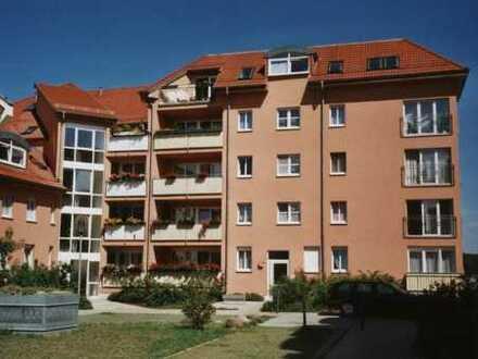 Helle 3 R-Wohnung im Erdgeschoß mit Balkon und Terrasse im Barnimer Park