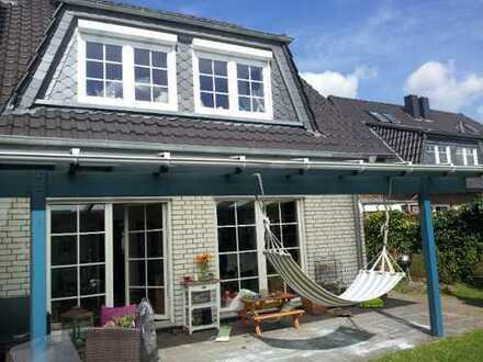 Schönes lichtdurchflutetes Haus ruhig und zentral mit sechs Zimmern in Bremen, Alt - Arsten