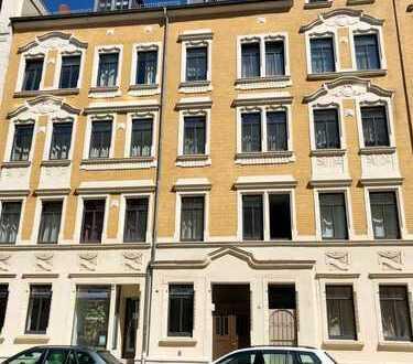 Helle 4-Raum-Wohnung mit 2 Wintergärten im kernsanierten Gründerzeithaus im Lutherviertel