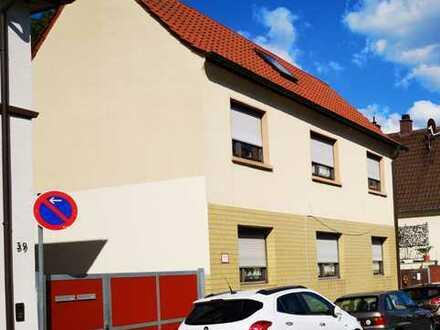 Schönes Haus mit sechs Zimmern in Ludwigshafen am Rhein, Oggersheim