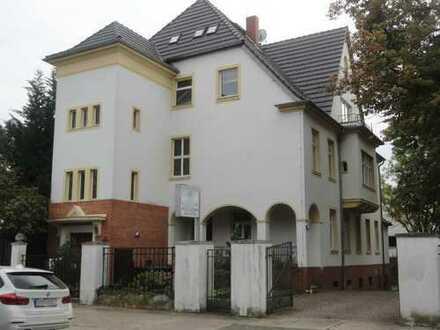Stadtvilla in Halle / Nietleben ( vis a vis dem Heidesee )