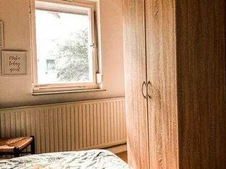 Schönes WG-Zimmer im Einfamilienhaus