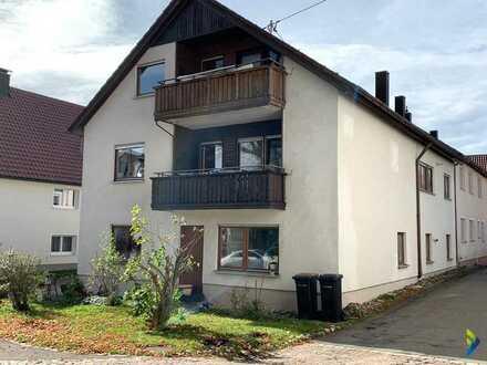 Viel Platz für die ganze Familie 2 Familienhaus mit 2 Balkonen und 2 Garagen