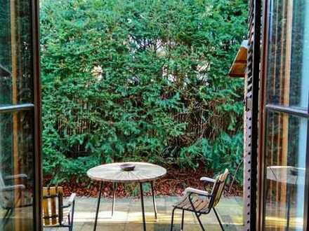 Stilvolle 2-Zimmer-EG-Wohnung mit Balkon und EBK in Harlaching, München