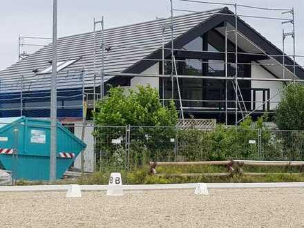 Davinci-Einfamilienhaus mit Einliegerwohnung und Garten in herrlicher Aussichstlage