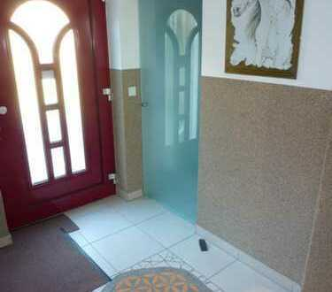 Schöne sechs Zimmer Wohnung in Bad Tölz-Wolfratshausen (Kreis), Münsing