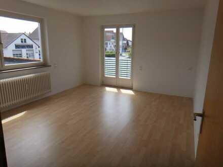 neu renovierte zentral gelegene 5 Zimmer Wohnung Herrenberg-Kernstadt