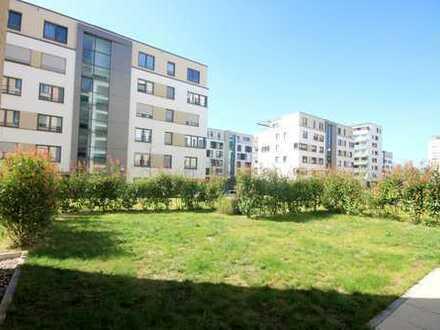 Schöne 3 Zimmer Wohnung mit großer Terrasse und eigenem Garten