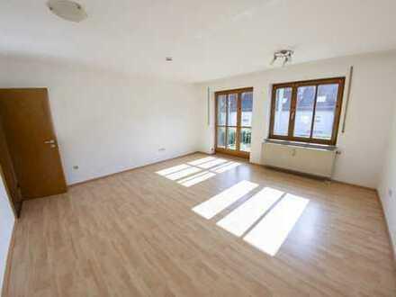 Gepflegte 1-Zimmer-Wohnung mit Balkon und EBK in Nördlingen