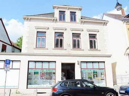 Ehemaliger, großzügiger Bücherladen im Herzen von Blumenthal!
