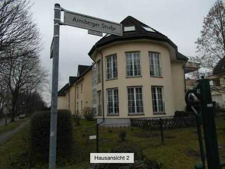 Berlin Biesdorf Süd kleine gepflegte Wohnanlage 2 Zimmer WHG. mit Stellplatz