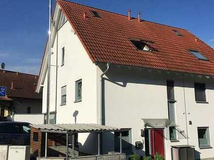 Doppelhaushälfte in Weinheim zu vermieten, teilmöbliert, BEFRISTET AUF 2 JAHRE (evtl. 3 Jahre)